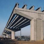 «РесурсИнвестСтрой» начал выпускать 33-метровые балки для мостов